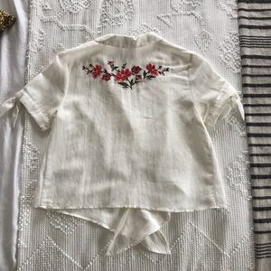 Lush Tops - Embroidered White Cropped Button Down